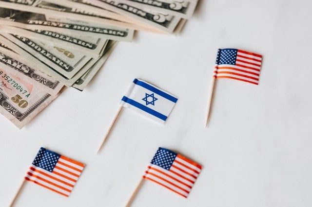 credit karolina grabowska flags and us money immigration